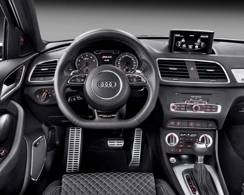 салон Audi Q3 RS 2014 года