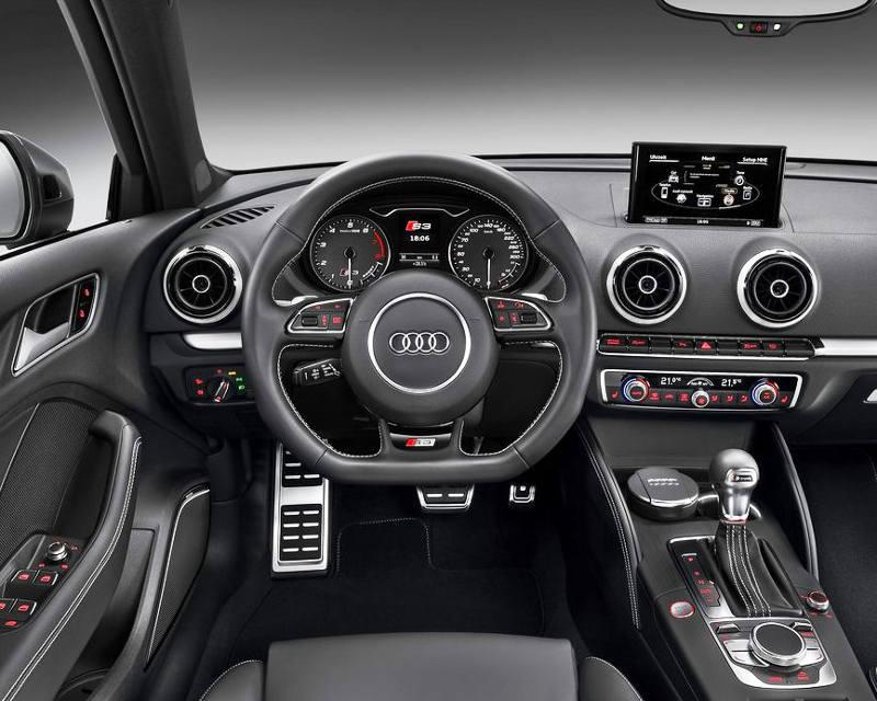 салон Audi S3 Sportback 2014