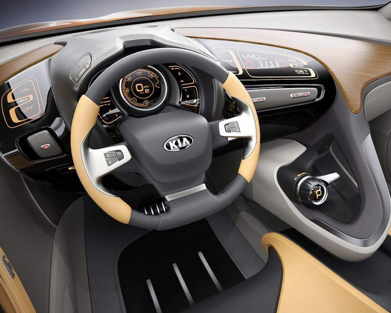 салон Kia Cross GT Concept 2013