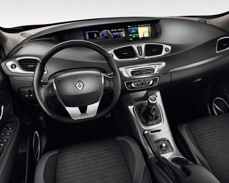 салон Renault Scenic XMOD 2013