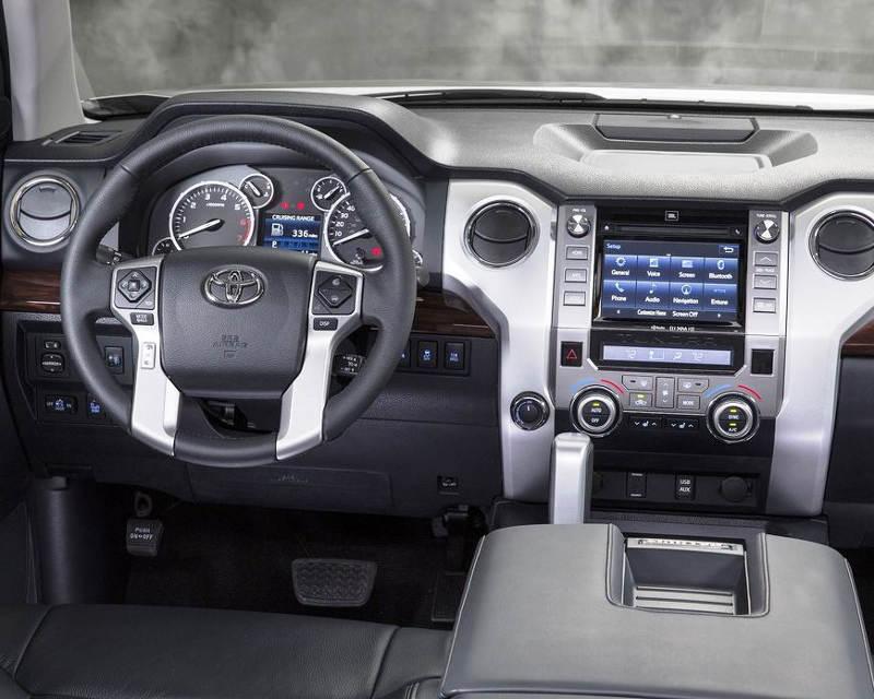 салон Toyota Tundra 2014