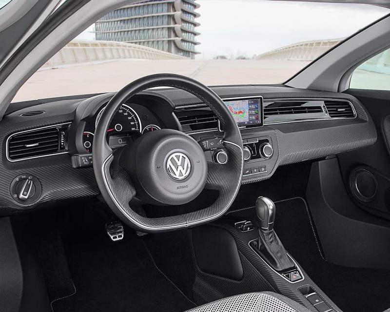 салон Volkswagen XL1 2014