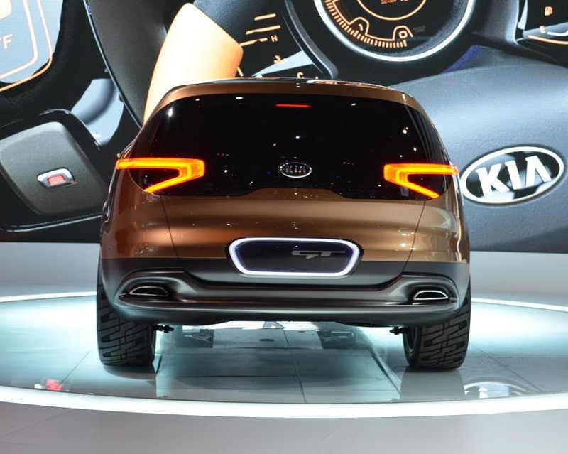 задние фонари Kia Cross GT Concept 2013