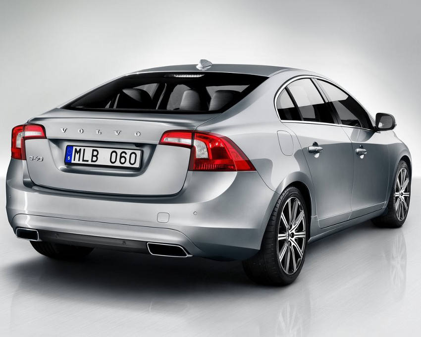 задние фонари Volvo S60 2014