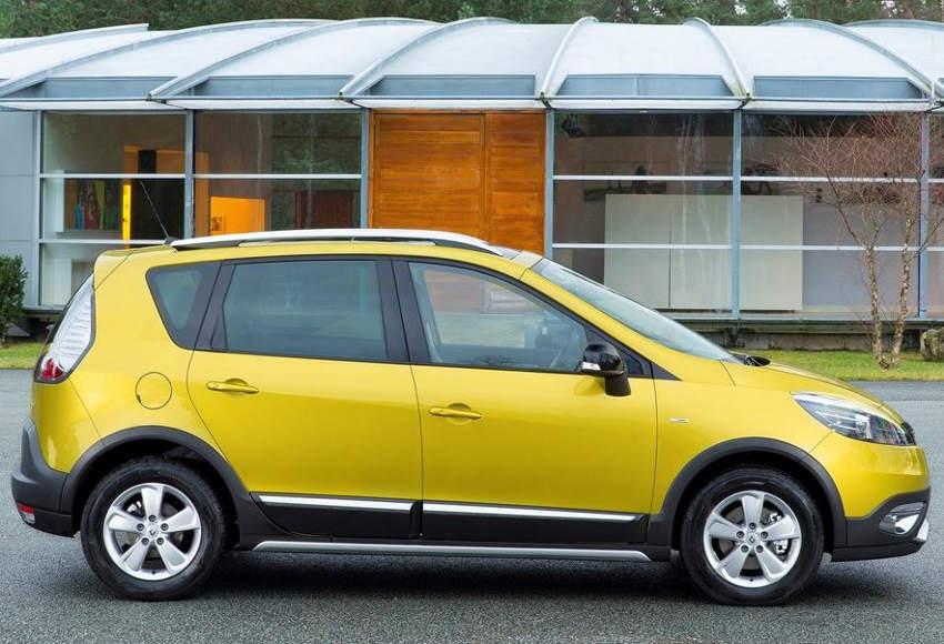 желтый Renault Scenic XMOD 2013