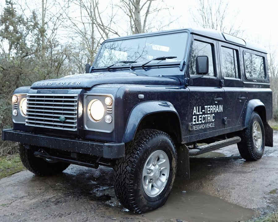 Электрический Land Rover Defender Concept 2013