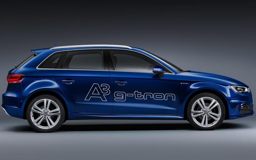 фото Audi A3 Sportback g-tron 2014 сбоку
