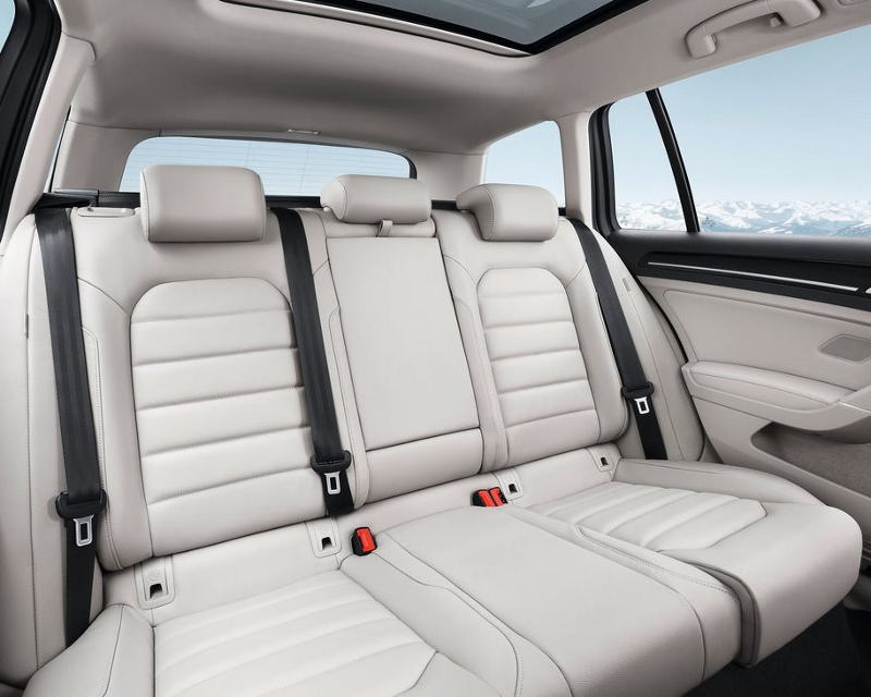 интерьер Volkswagen Golf Variant 2014