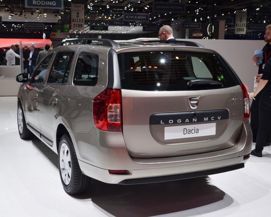 задняя часть Dacia Logan MCV 2014