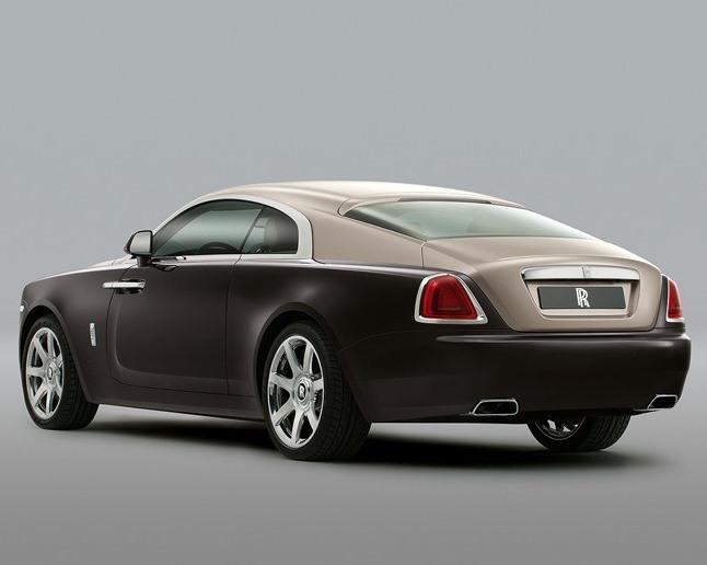 задняя часть Rolls-Royce Wraith 2014