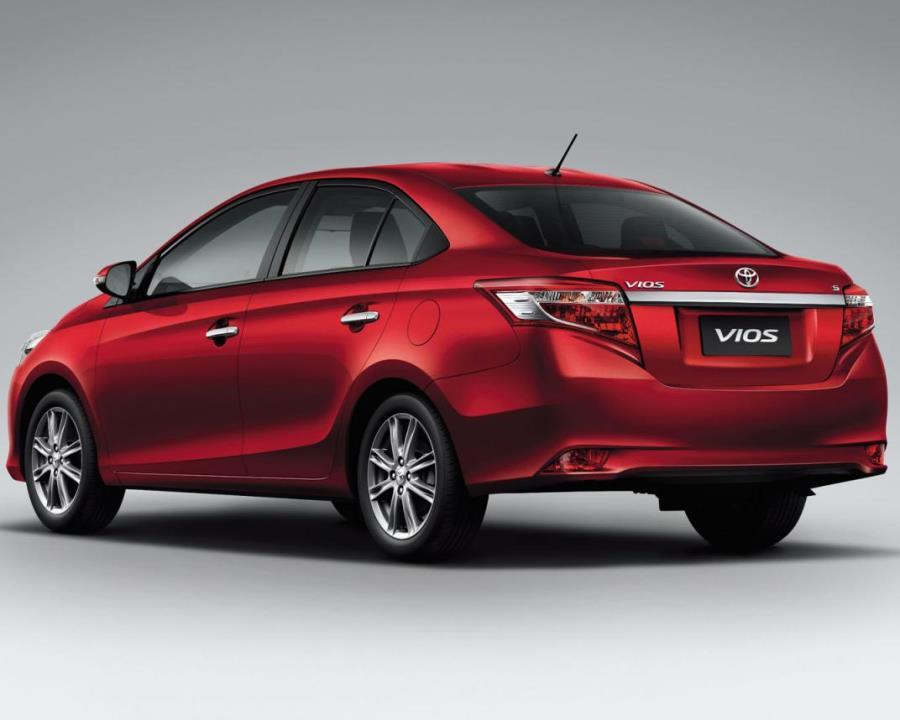 задняя часть Toyota Vios 2014