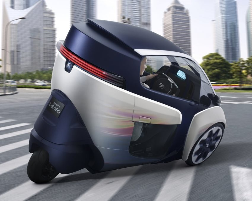 задняя часть Toyota i-Road Concept