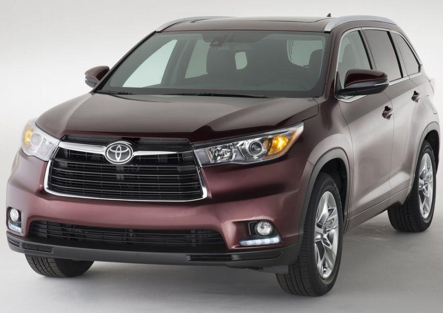 бампер и фары Toyota Highlander 2014
