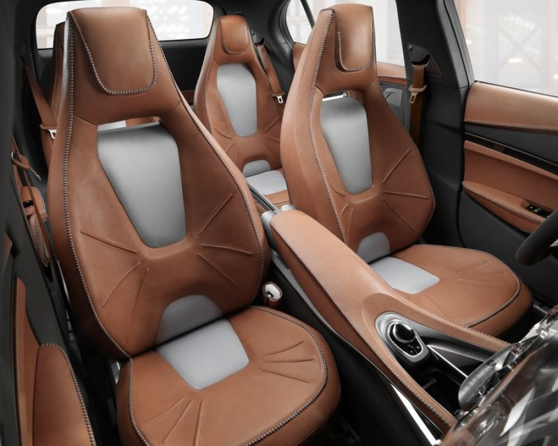 интерьер Mercedes GLA Concept 2013