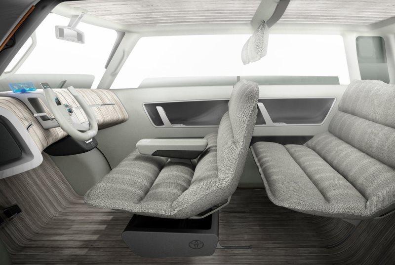 интерьер Toyota ME.WE Concept 2013