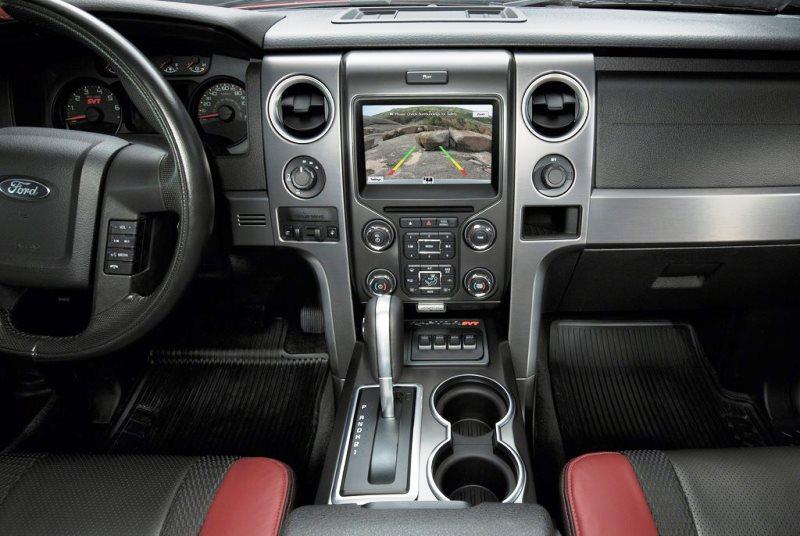 салон Ford F-150 SVT Raptor Special Edition 2014