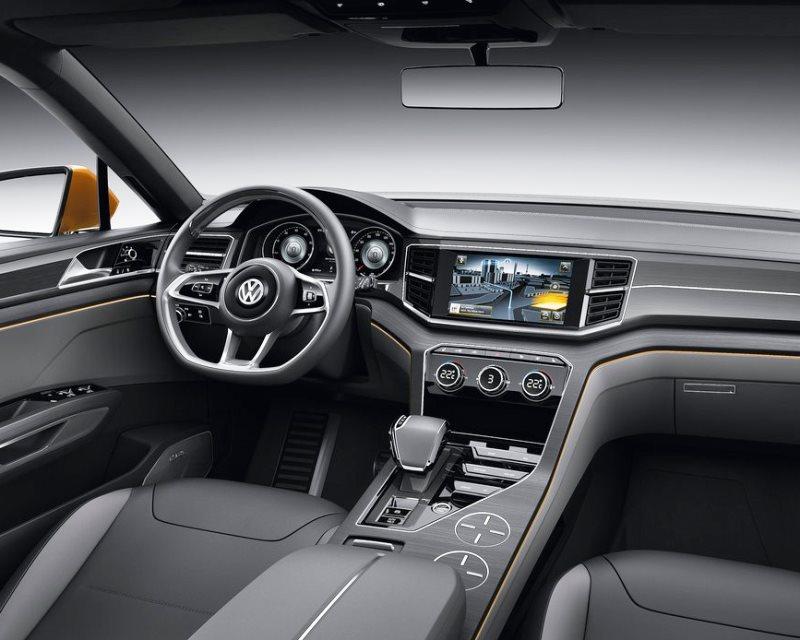 салон Volkswagen CrossBlue Coupe Concept 2013