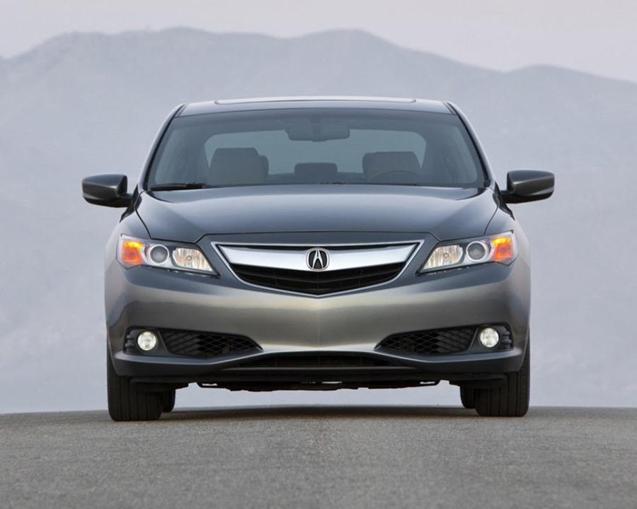 фары и бампер Acura ILX 2014