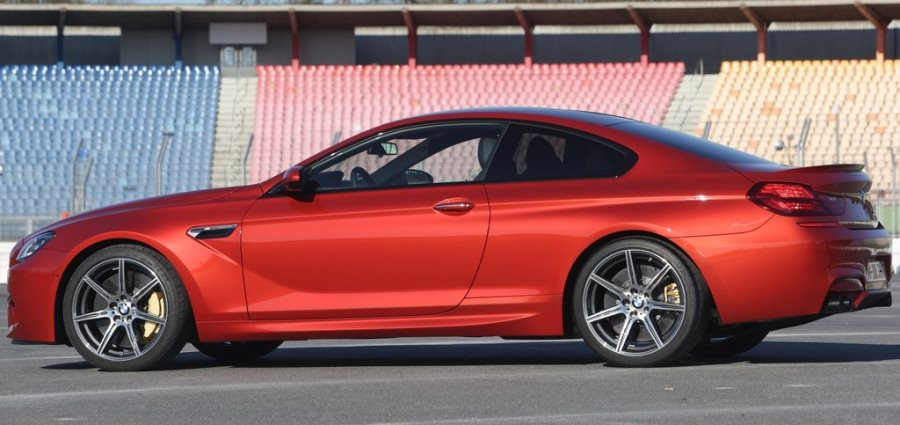 фото BMW M6 Coupe Competition Package 2014 сбоку