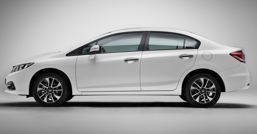 фото Honda Civic 4D 2013 сбоку