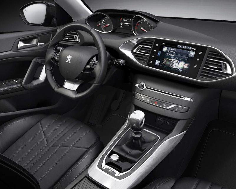 салон Peugeot 308 2014