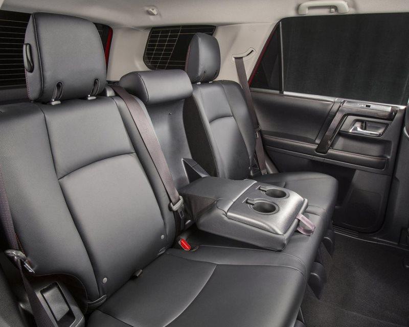 задние сидения Toyota 4Runner 2014