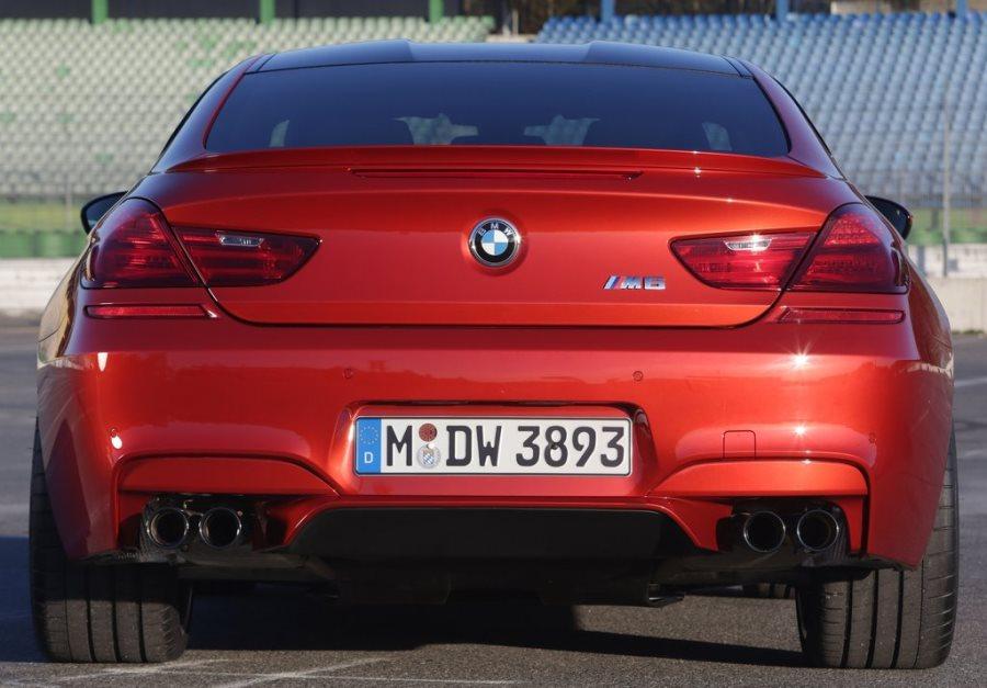 задняя часть BMW M6 Coupe Competition Package 2014