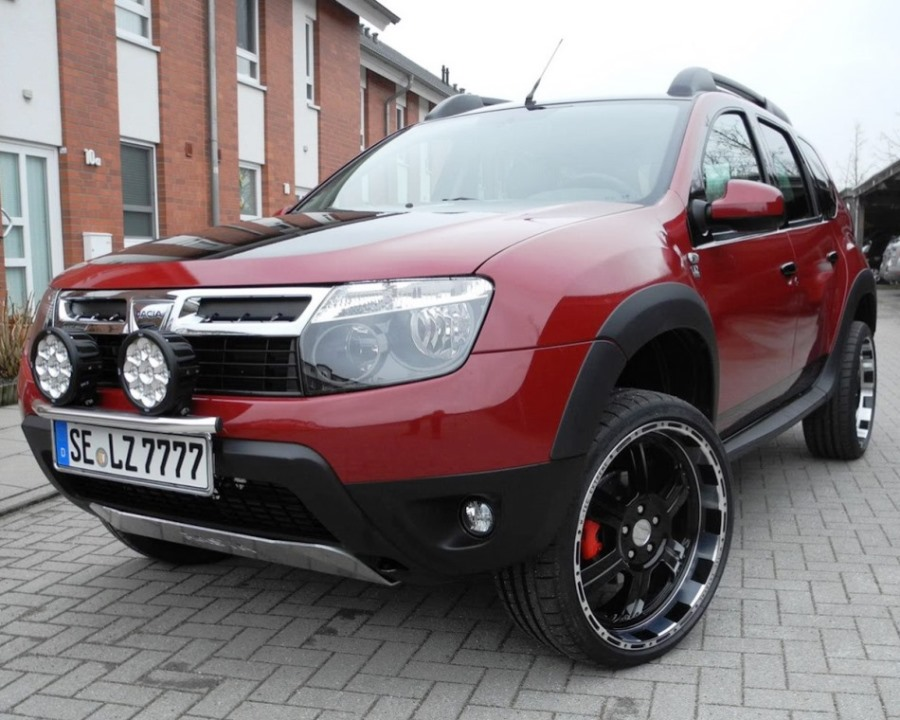 Renault Duster Admirable