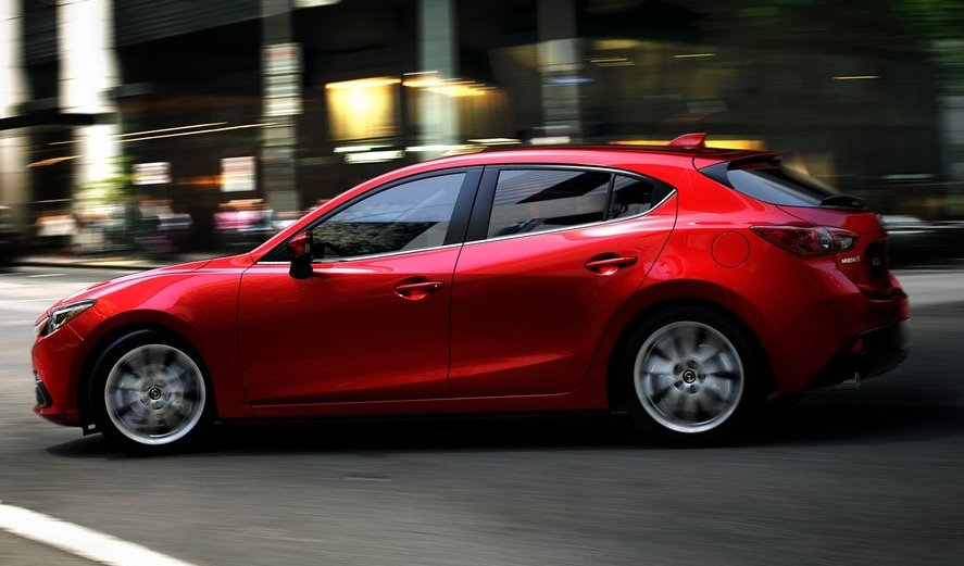 фото Mazda 3 2014 сбоку