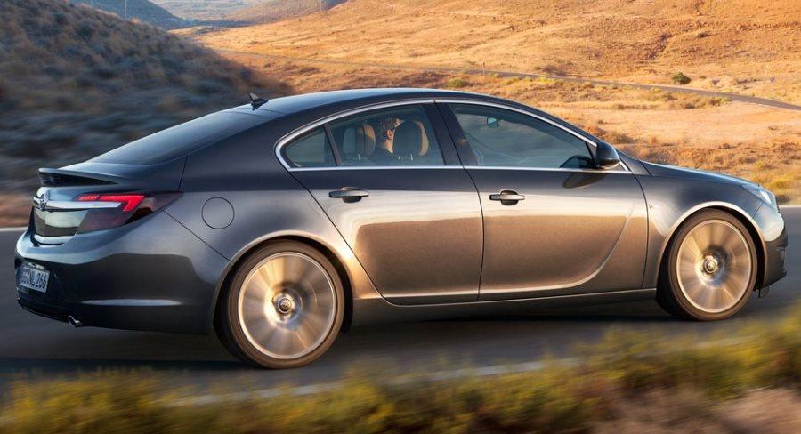 фото Opel Insignia Седан 2014 сбоку