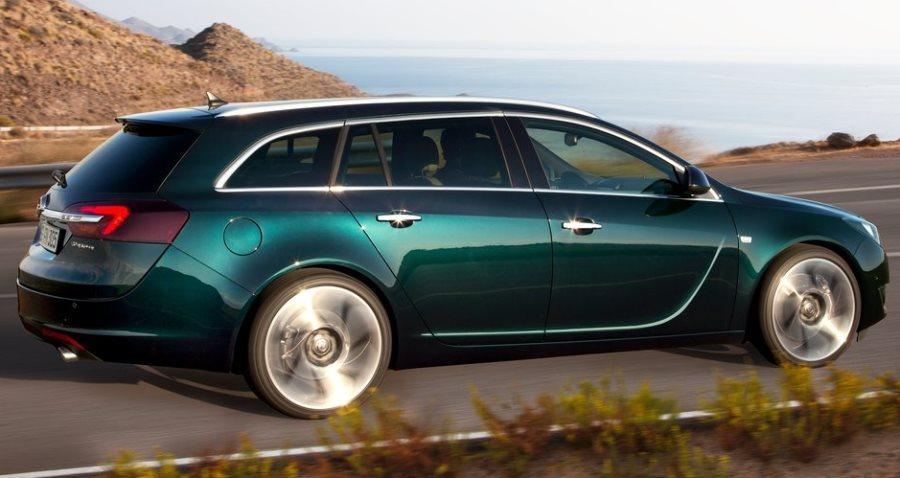 фото Opel Insignia Универсал 2014 сбоку