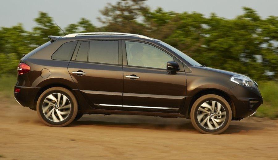 фото Renault Koleos 2014 сбоку
