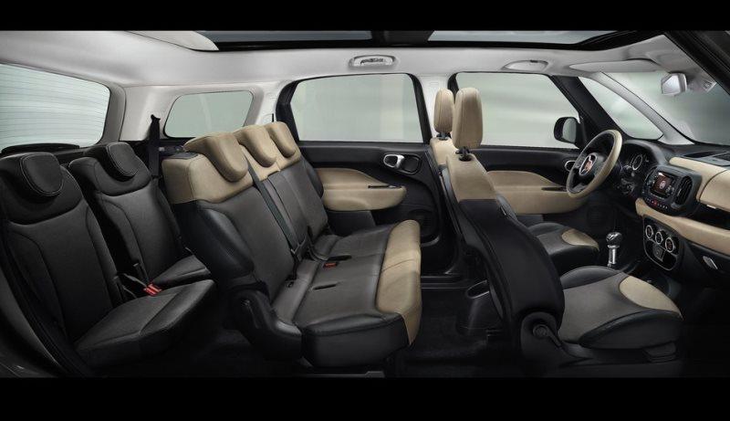 интерьер Fiat 500L Living 2014 года