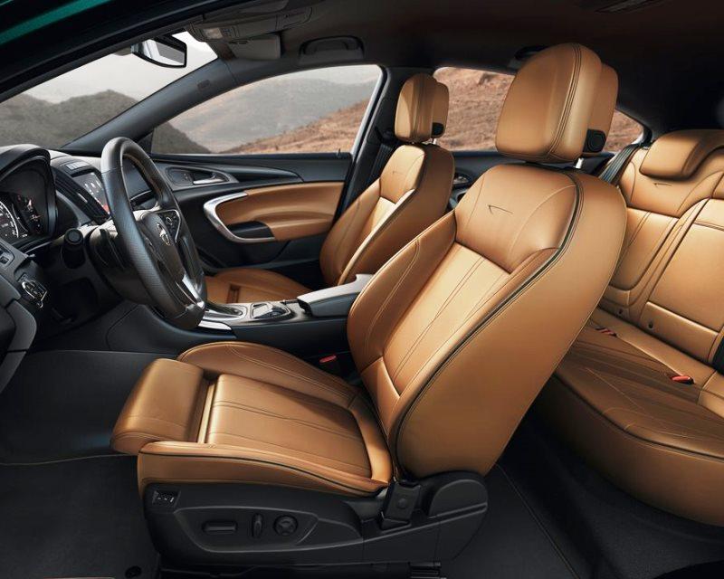 интерьер Opel Insignia 2014