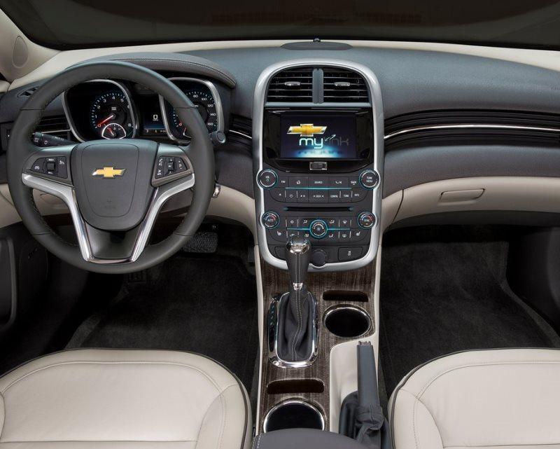 салон Chevrolet Malibu 2014