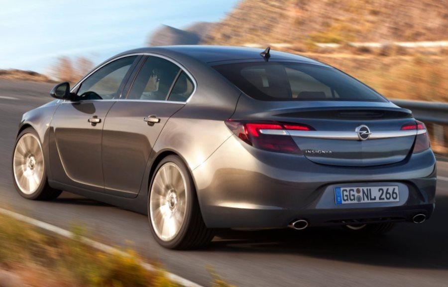 задние фонари седана Opel Insignia 2014