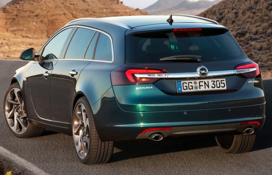 задняя часть универсала Opel Insignia 2014