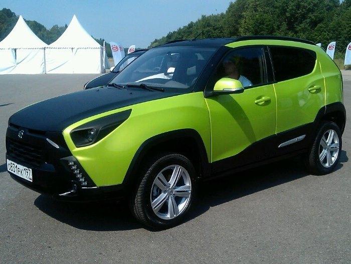 зеленый Ё-кроссовер 2013