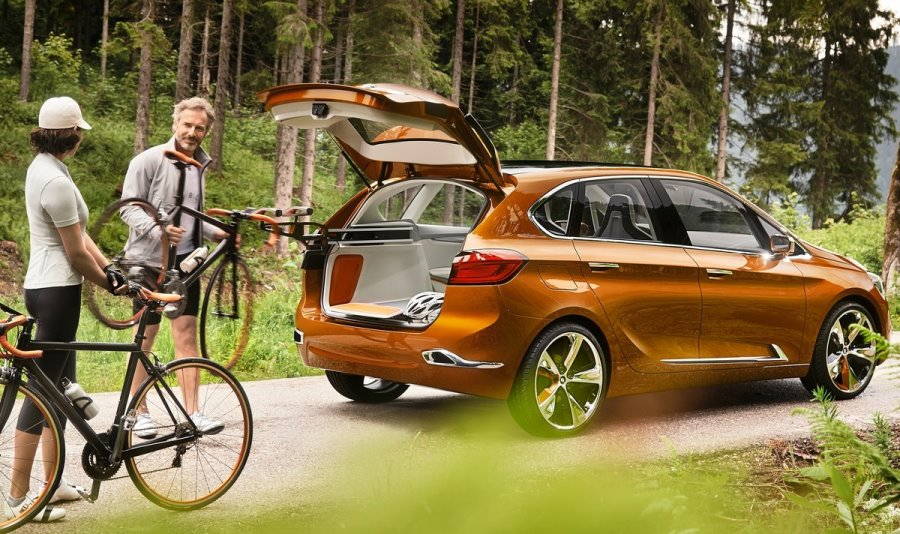 BMW Active Tourer Outdoor - машина для автомобилистов