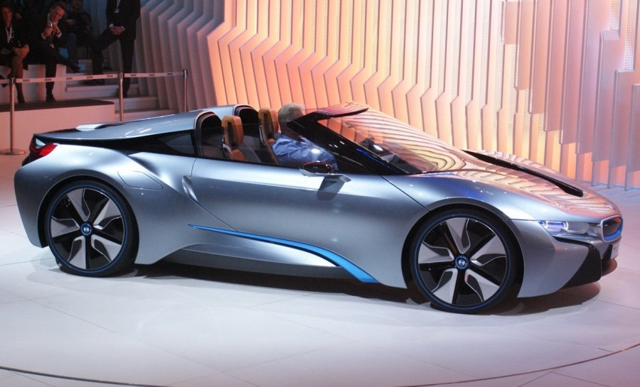 BMW i8 Spyder - лучший предсерийный концепт 2013