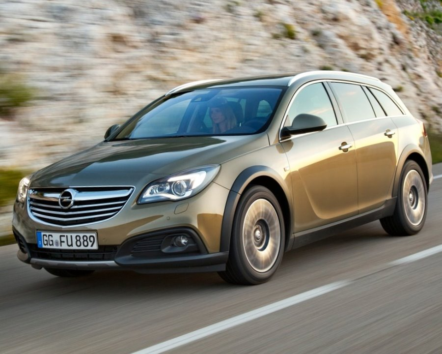 фары и бампер Opel Insignia Country Tourer 2014