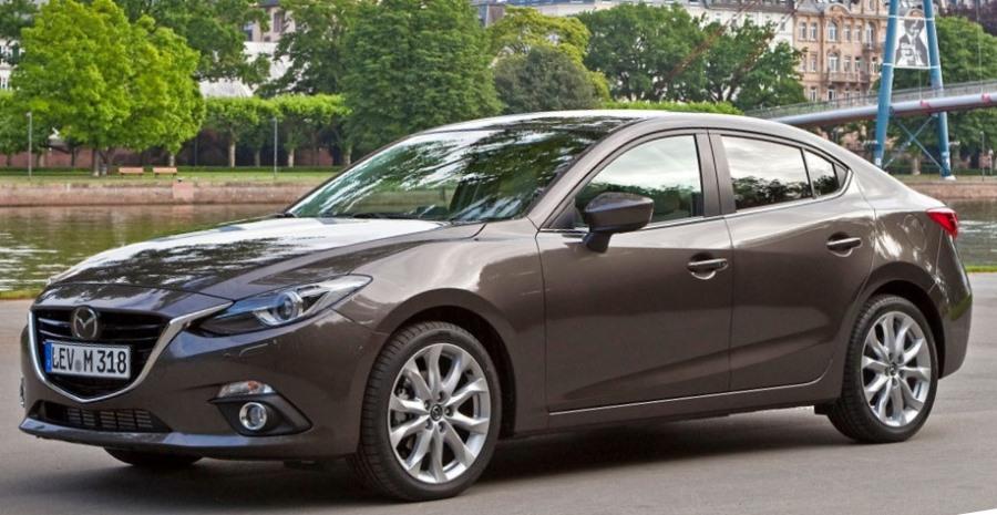 фото Mazda 3 Седан 2014 сбоку