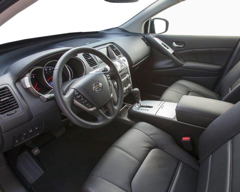 интерьер Nissan Murano 2013