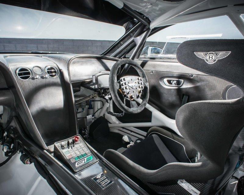 салон Bentley Continental GT3 Racecar 2014