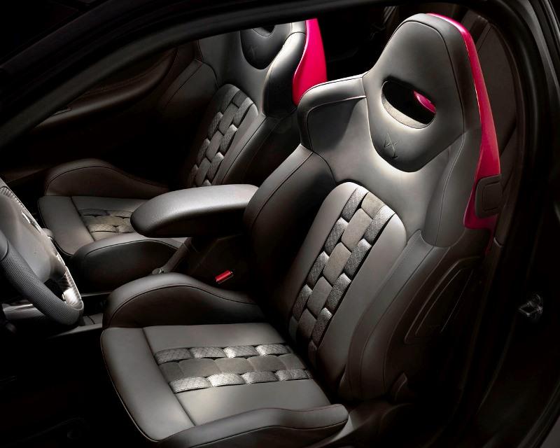 сидения Citroen DS3 Cabrio Racing Concept 2013