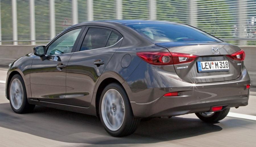 задние фонари Mazda 3 Седан 2014