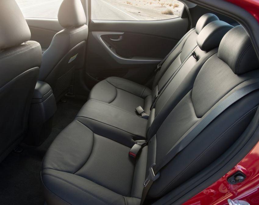 интерьер Hyundai Elantra 2014