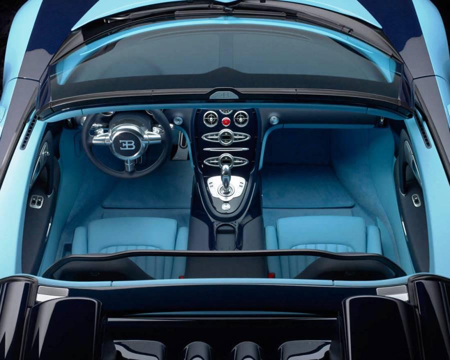 салон Bugatti Veyron Grand Sport Vitesse