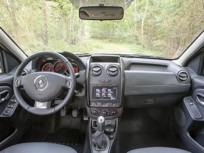 салон Renault Duster 2014