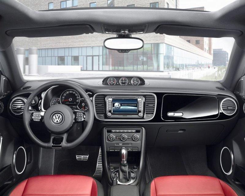 салон Volkswagen Beetle 2013